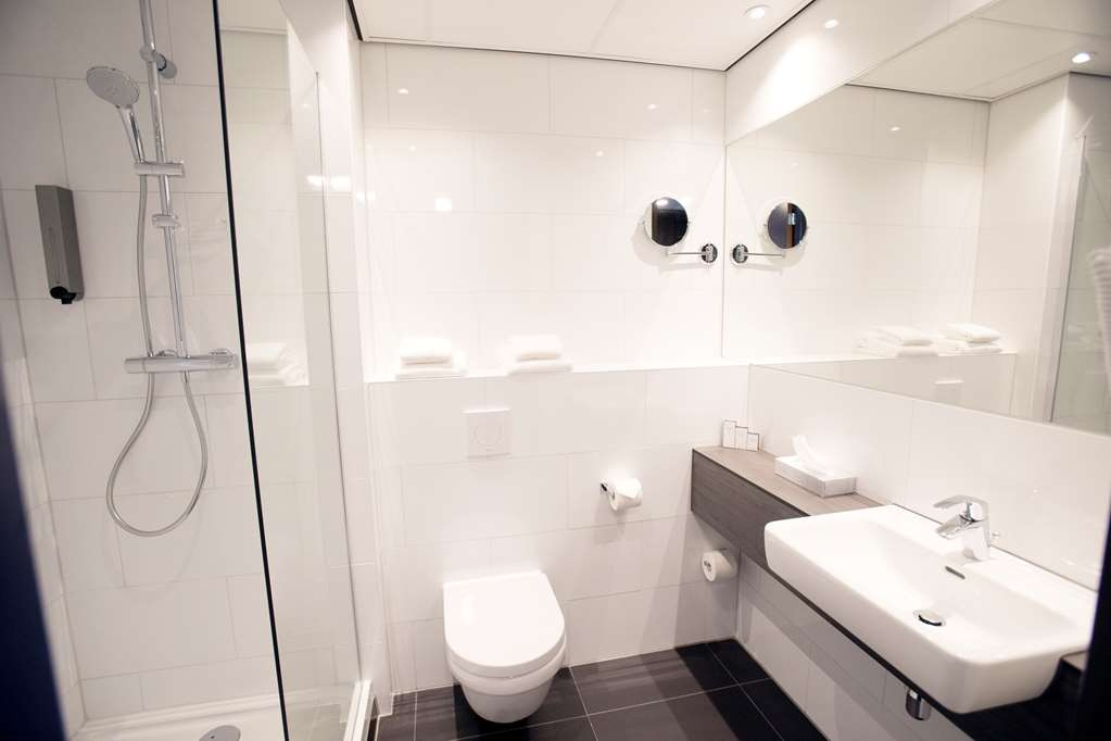 Best Western Plus Plaza Almere - Bathroom allrooms