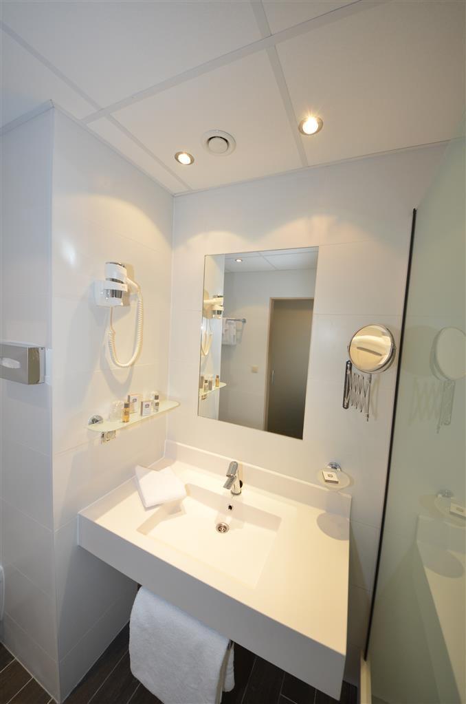Best Western Plus Aero 44 - Cuarto de baño del apartamento de lujo