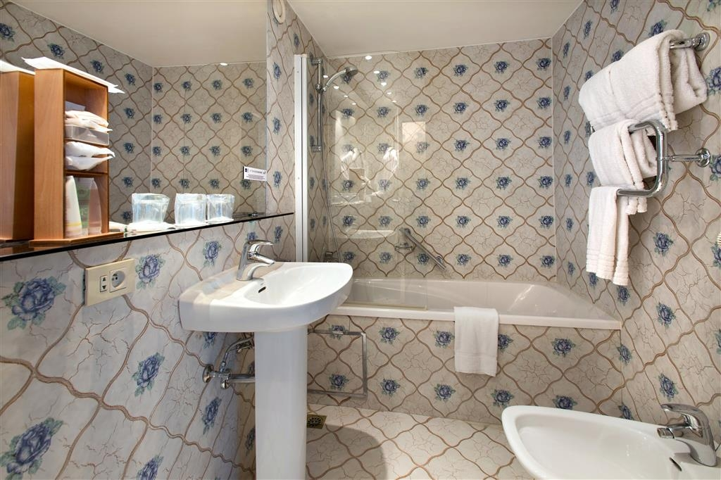 Best Western Hotel Royal Centre - Cuarto de baño de clientes