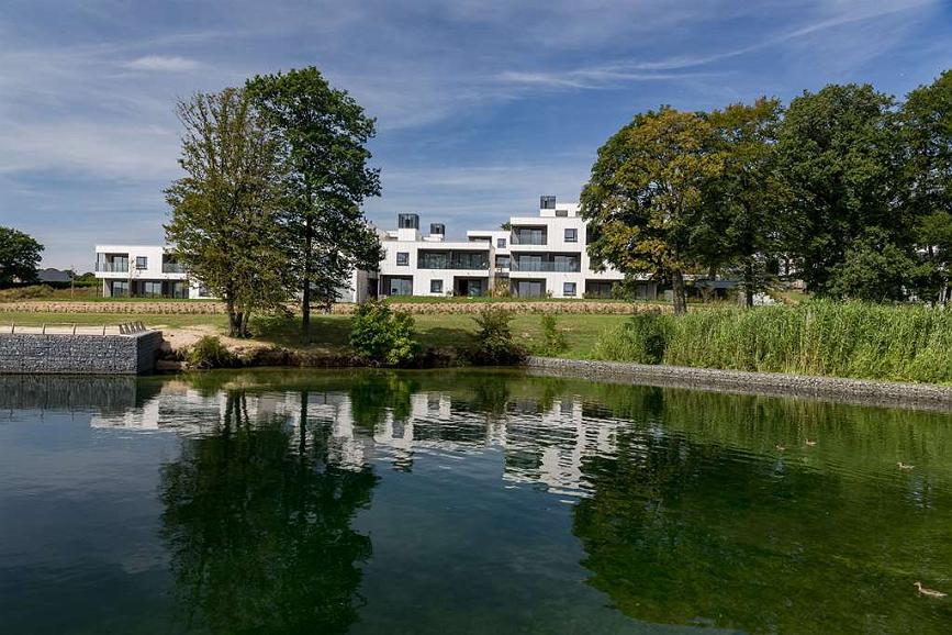 Best Western Plus Golden Lakes Hotel - Aussenansicht