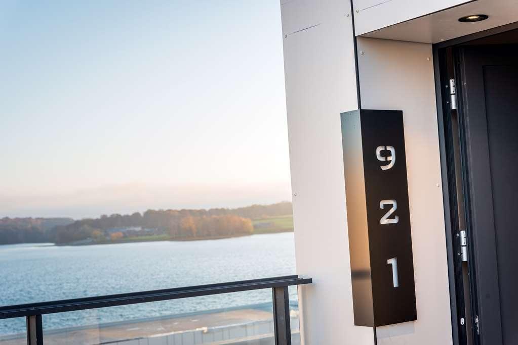 Best Western Plus Golden Lakes Hotel - Chambre d'agrément