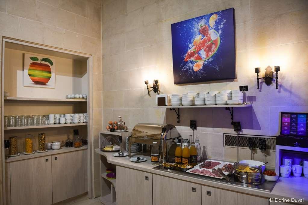 Best Western Plus Hotel d'Anjou - buffet chaud