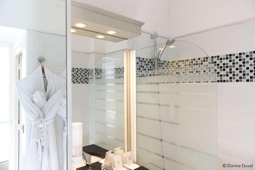 Best Western Plus Hotel d'Anjou - Guest Room Bath