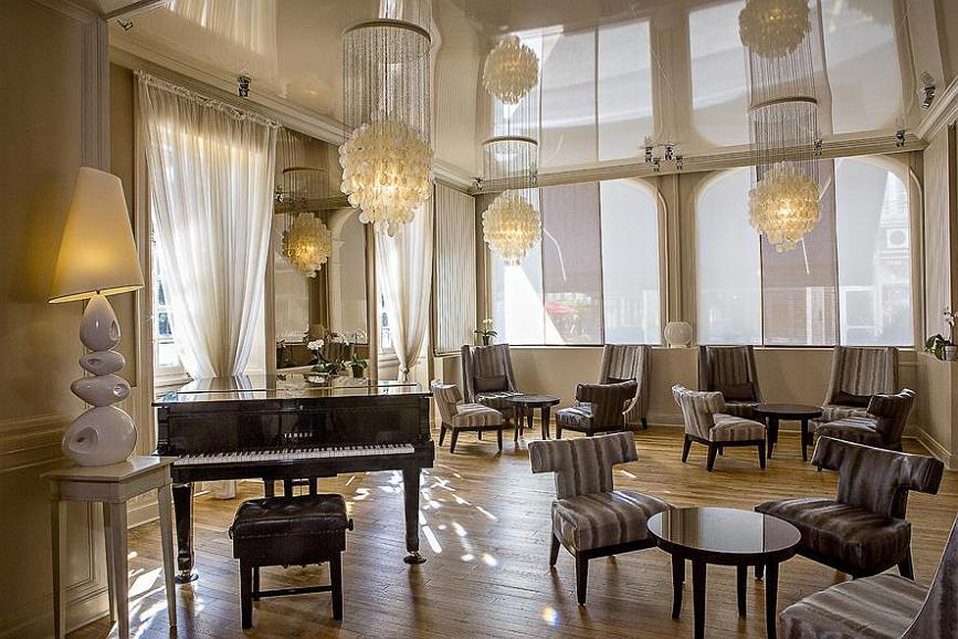 Best Western Grand Hotel De Bordeaux - Hall de l'hôtel