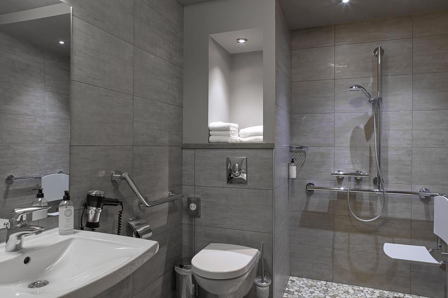 Best Western Grand Hotel De Bordeaux - Guest Bathroom