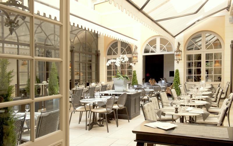 Best Western Premier Grand Monarque Hotel & Spa - Restaurant La Cour