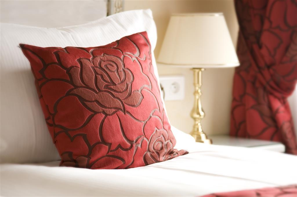 Best Western Grand Hotel Bristol - Guest Room