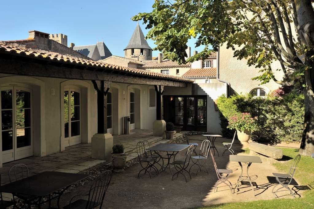 Best Western Plus Hotel Le Donjon - Außenansicht