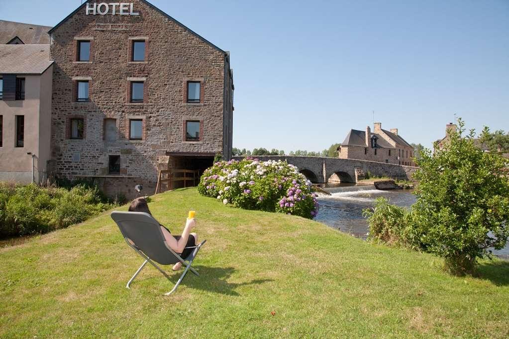 Best Western Le Moulin De Ducey - Facciata dell'hotel