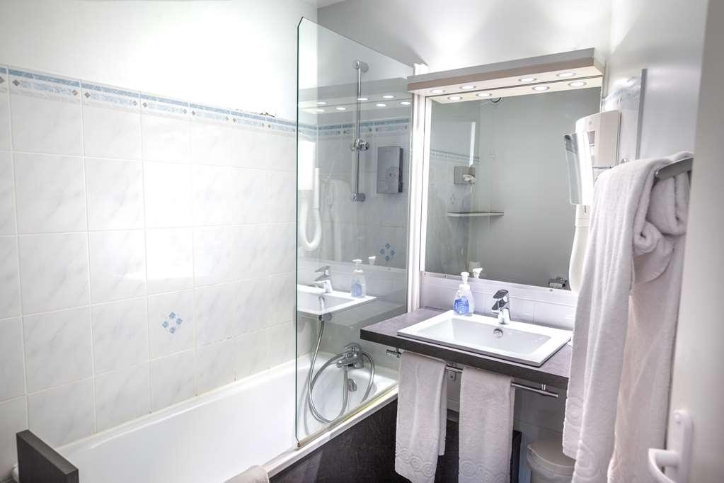 Best Western Le Moulin De Ducey - Bathroom
