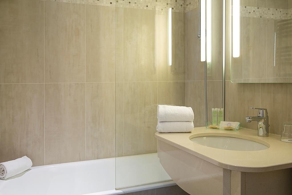 Best Western Au Trocadero - Badezimmer