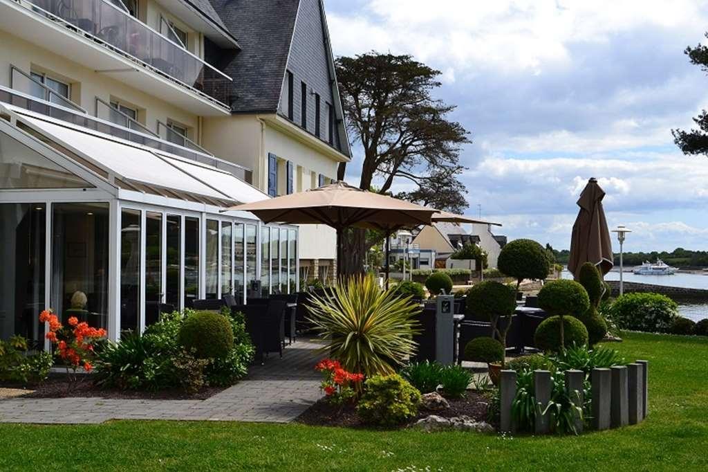 Best Western Plus Le Roof - Bar / Lounge