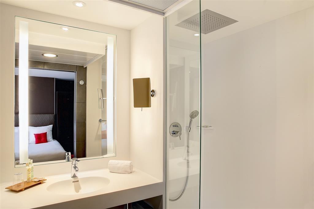 Best Western Premier Hotel de la Poste & Spa - Gästebad