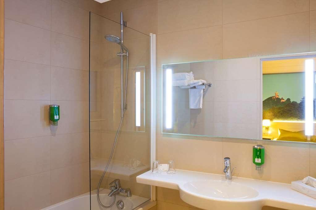 Best Western Plus Monopole Metropole - Bathroom - comfort room