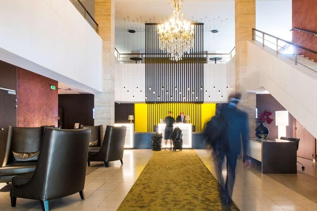 Best Western Premier Hotel de la Paix - Vista del vestíbulo