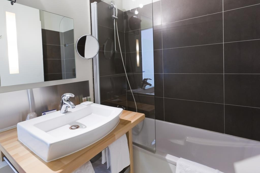 Best Western ARThotel - Guest Bathroom