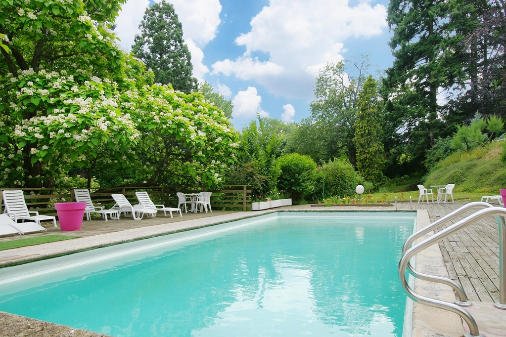 Best Western La Gentilhommiere - Vue de la piscine