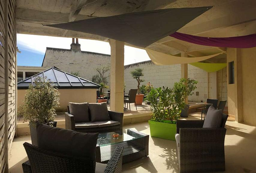 Best Western Hotel De France - Terrasse privée hôtel réservée à la clientèle