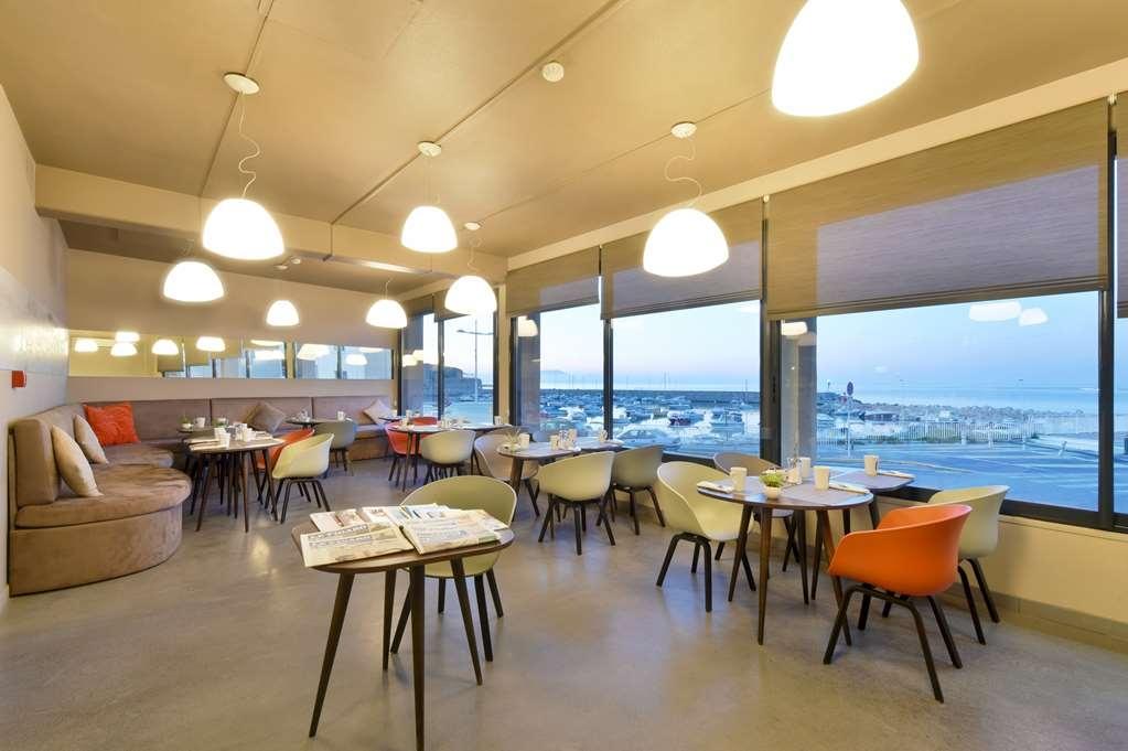 Best Western Plus La Corniche - Restaurant