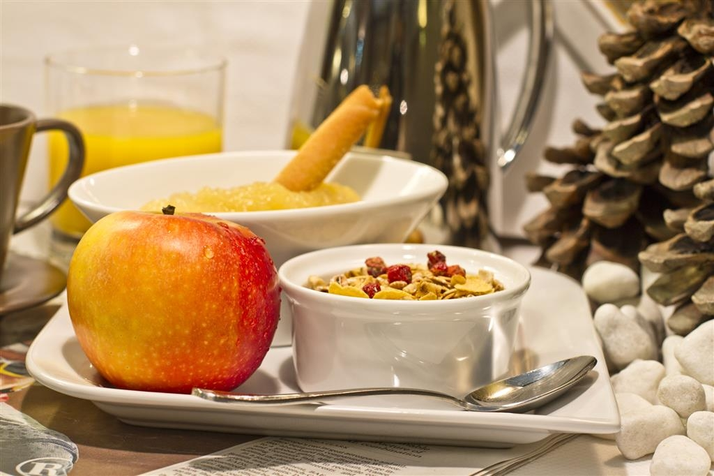 Best Western Toulouse Centre Les Capitouls - Breakfast