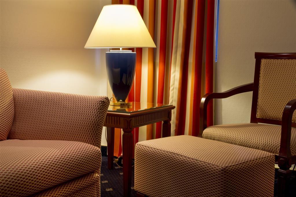 Best Western Toulouse Centre Les Capitouls - Guest Room