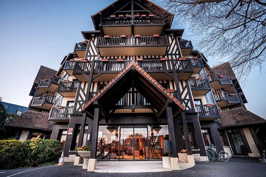 Hotel Best Western Plus Hostellerie Du Vallon, Trouville-sur-mer