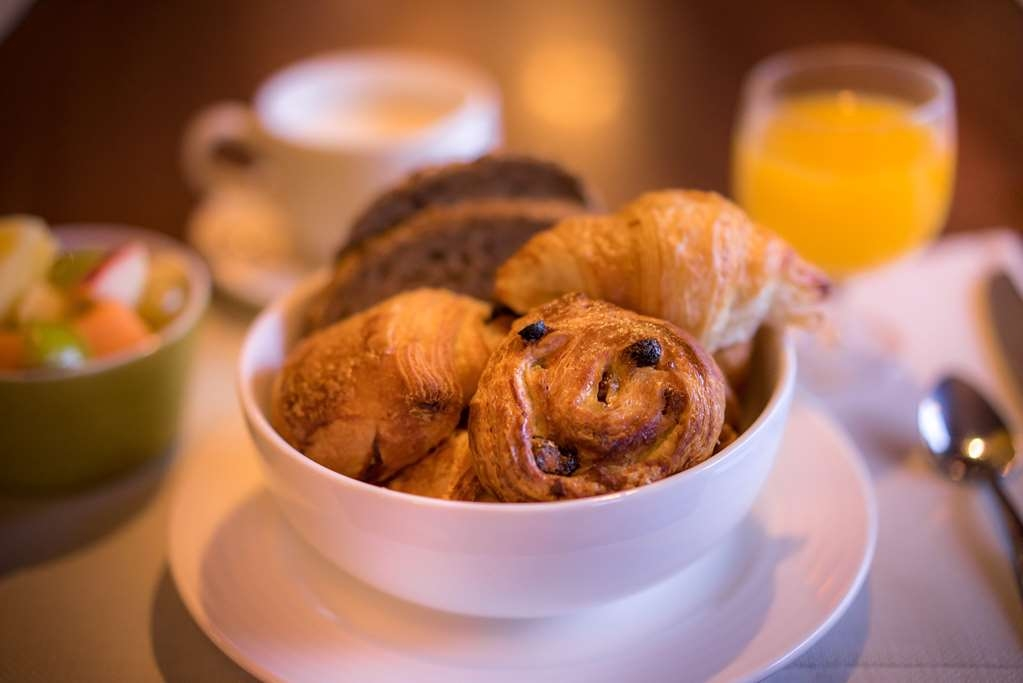 Best Western Plus Hostellerie Du Vallon - Breakfast