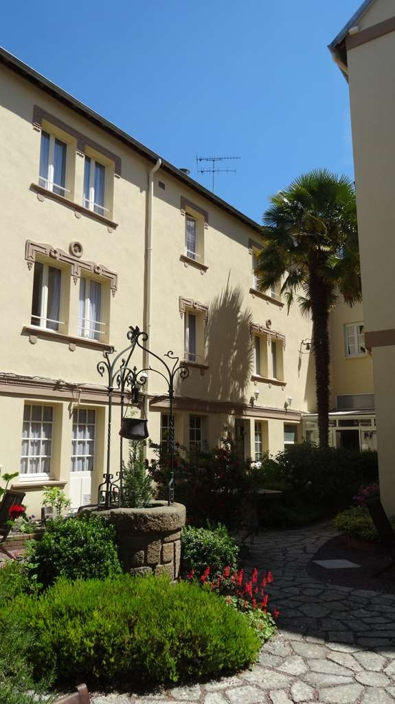 Best Western Hotel Montgomery - jardin