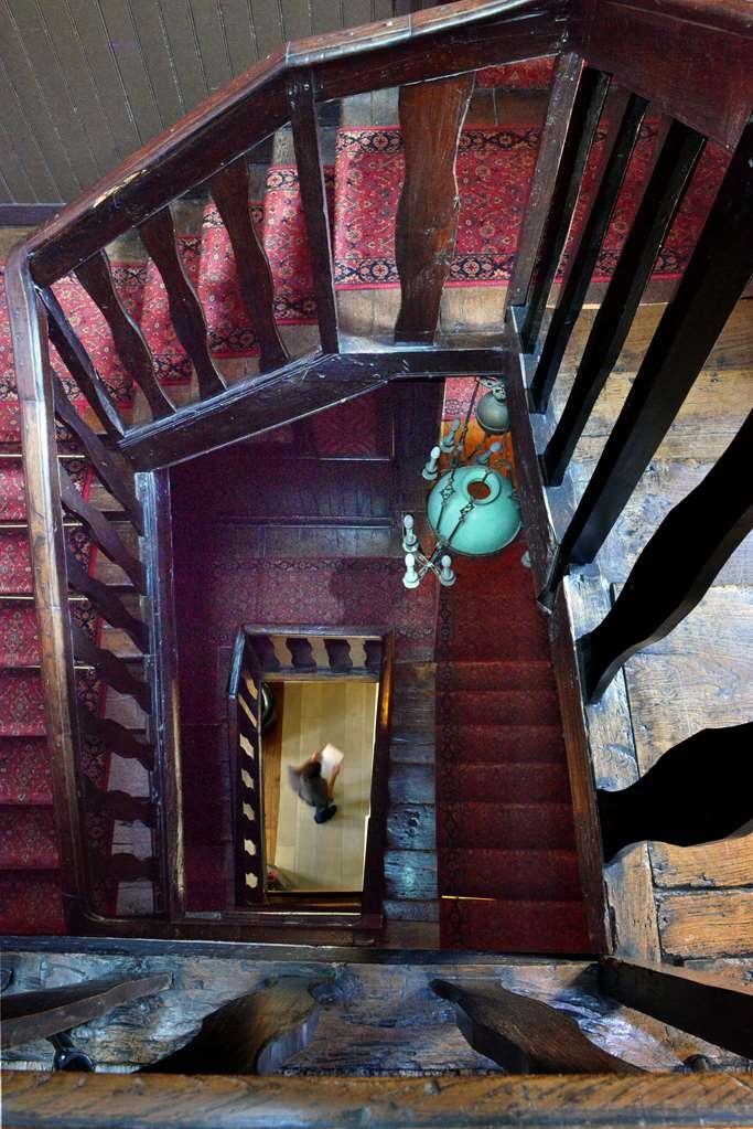 Best Western Hotel Montgomery - historic stairs