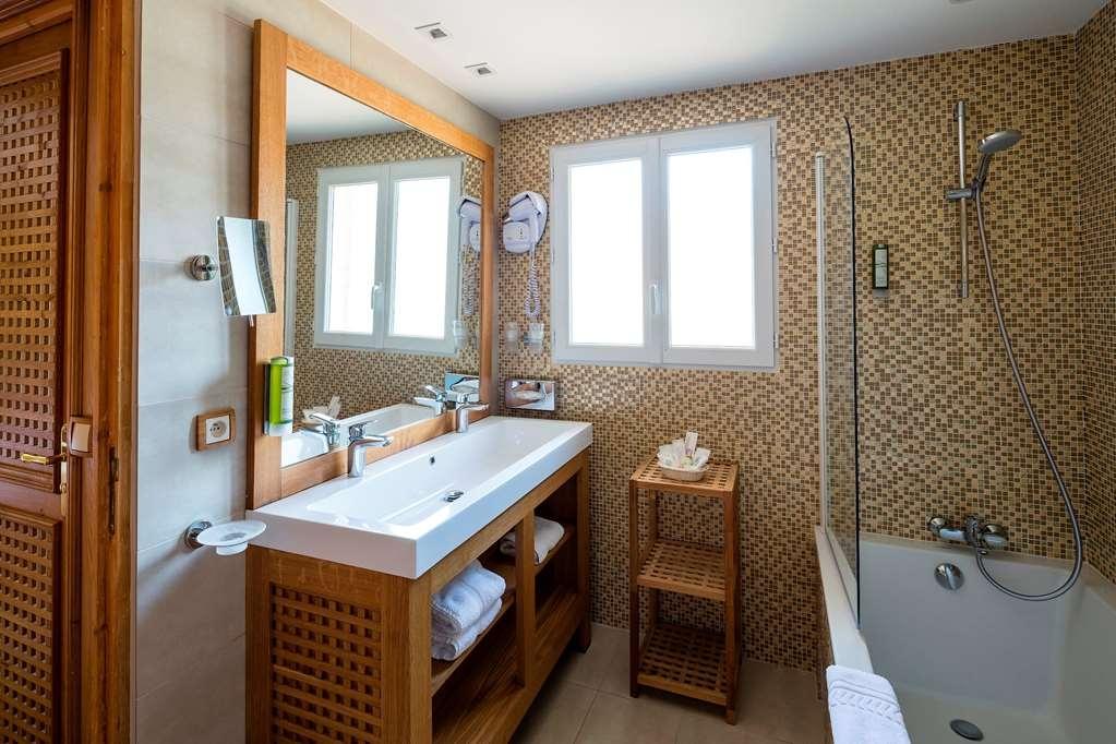 Best Western Plus Montfleuri - Badezimmer