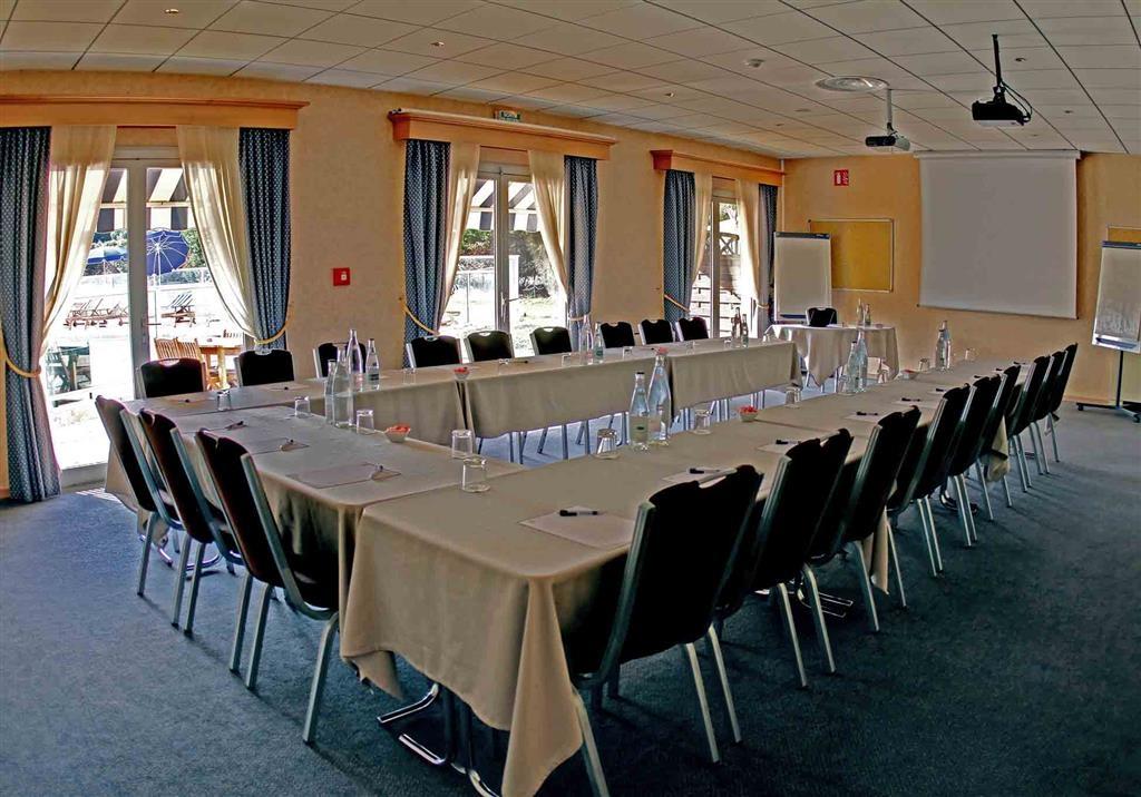 Best Western Marseille Aeroport - Salle de réunion