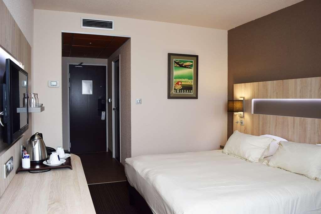 Best Western Marseille Aeroport - Guest Room