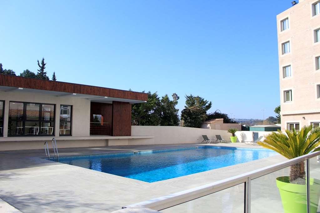 Best Western Marseille Aeroport - Pool