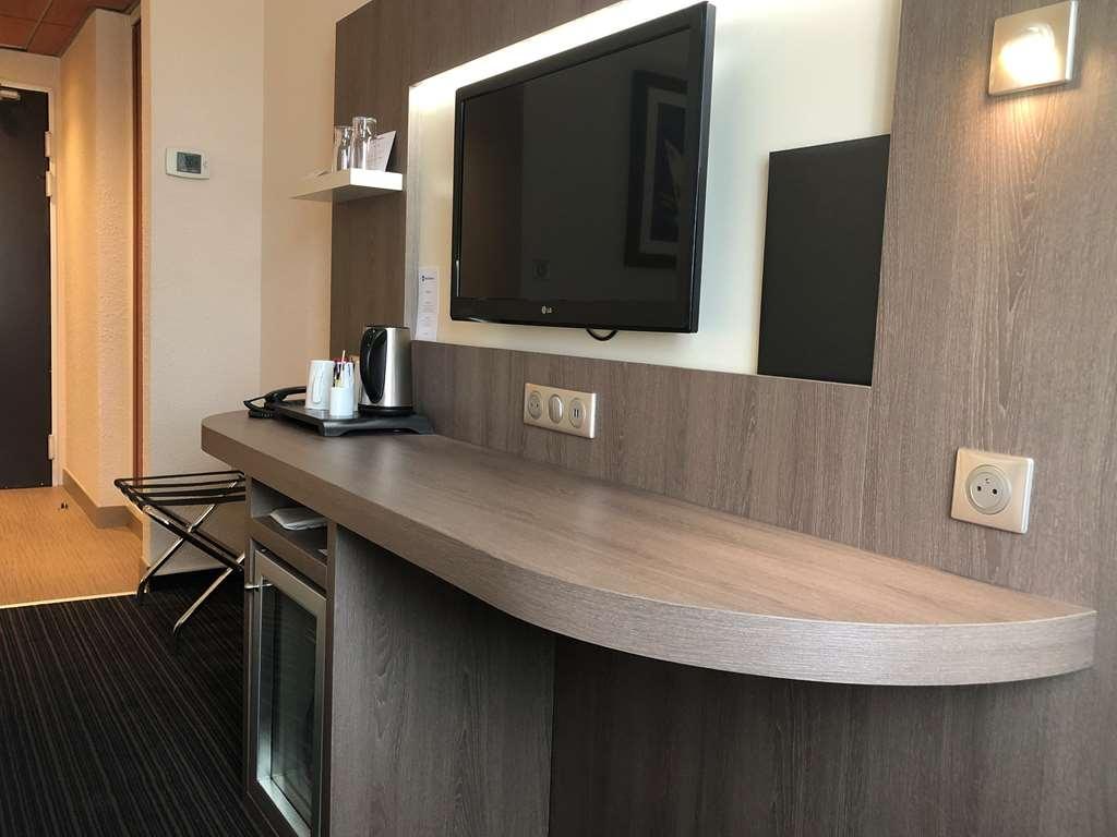 Best Western Marseille Aeroport - Guest Room Amenity