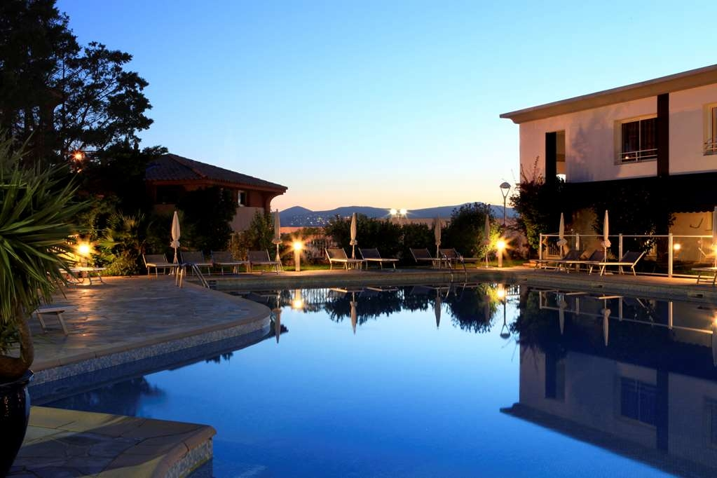 Best Western Plus Hotel La Marina - Pool