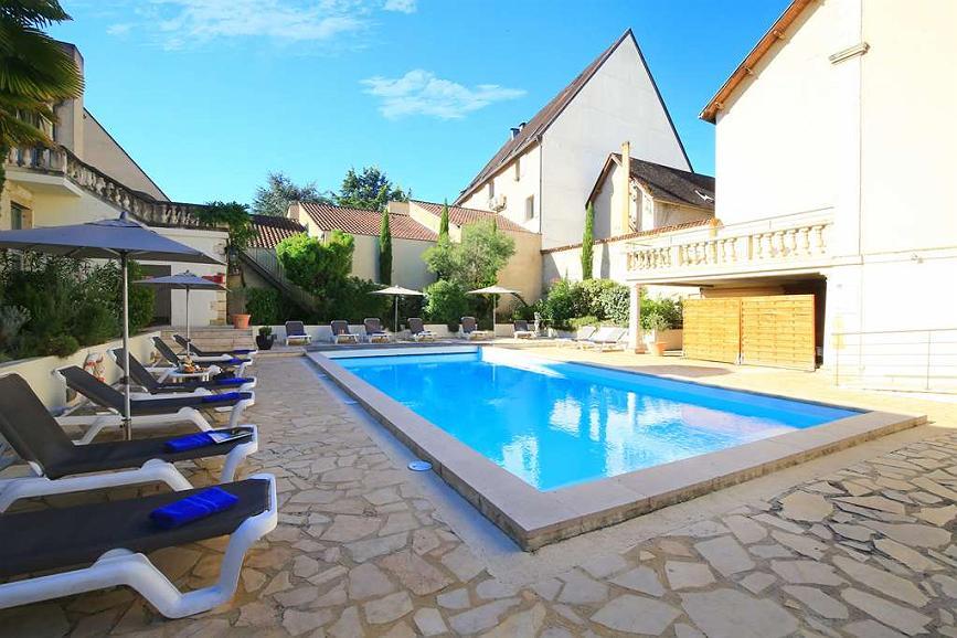 Best Western Le Renoir - Area esterna