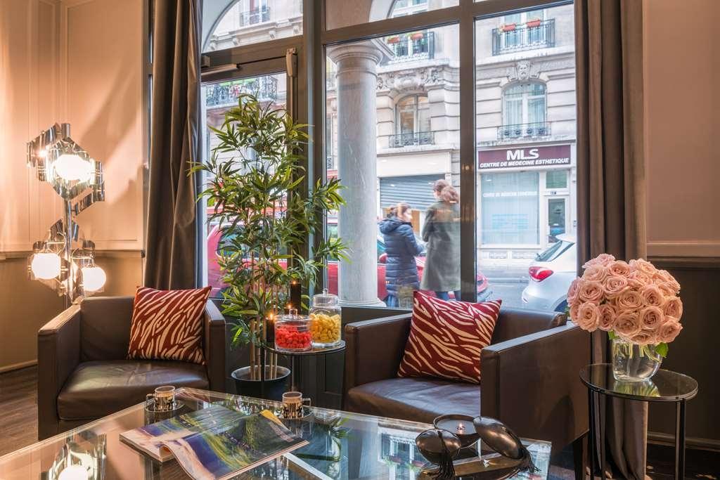 Best Western Paris Gare Saint Lazare - Vue du lobby