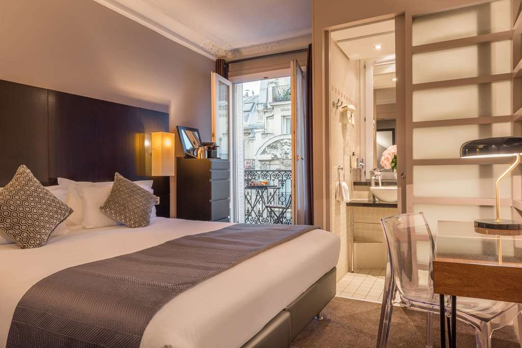 Best Western Paris Gare Saint Lazare - superior room Cohen BW PARIS ST LAZARE