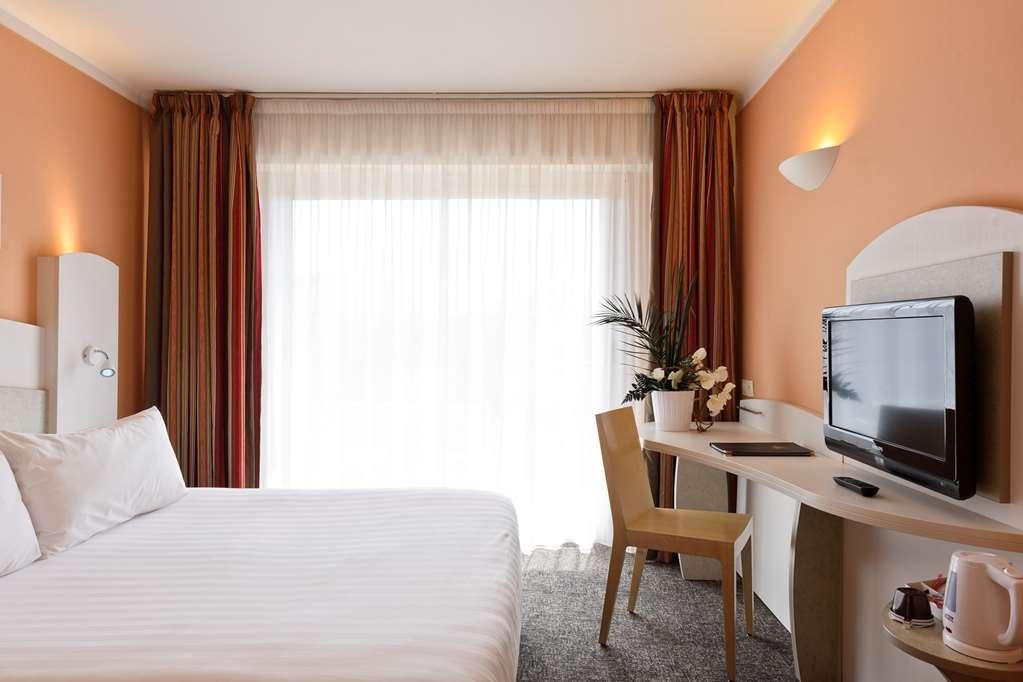 Best Western Astoria - Gästezimmer/ Unterkünfte
