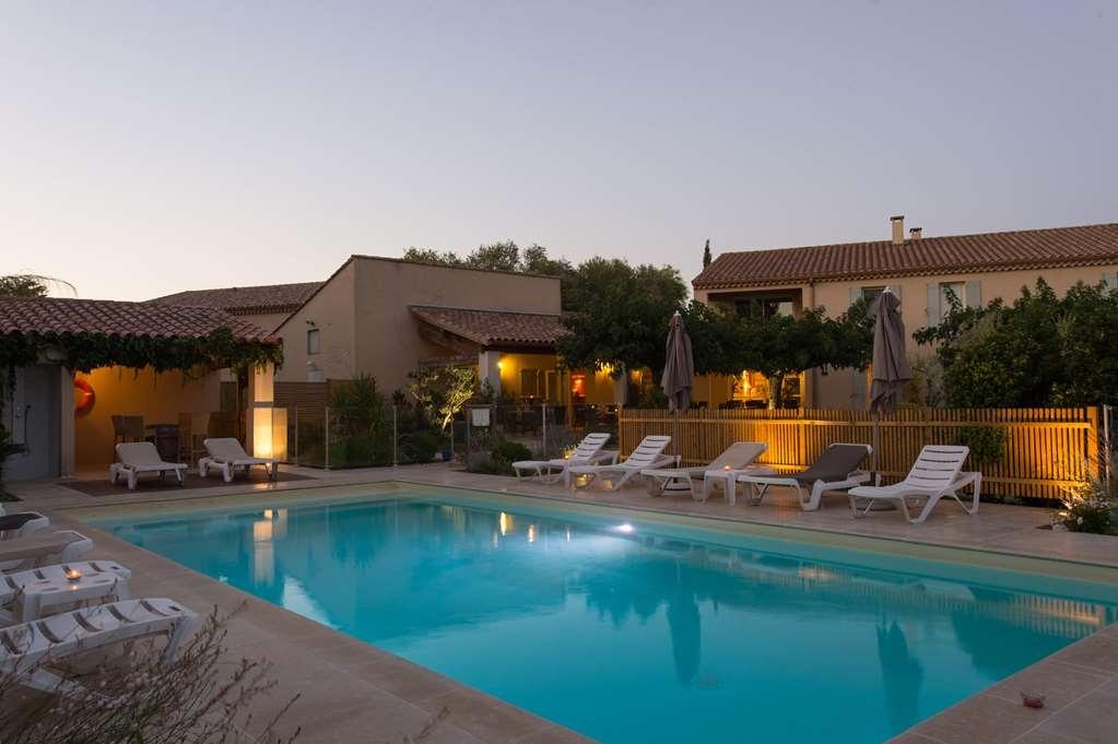Best Western Hotel Aurelia - Vue de la piscine
