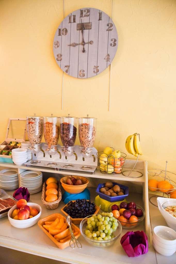 Best Western Le Val Majour - Le petit déjeuner buffet