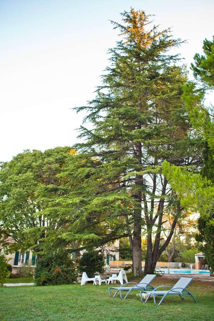 Best Western Le Val Majour - Garden