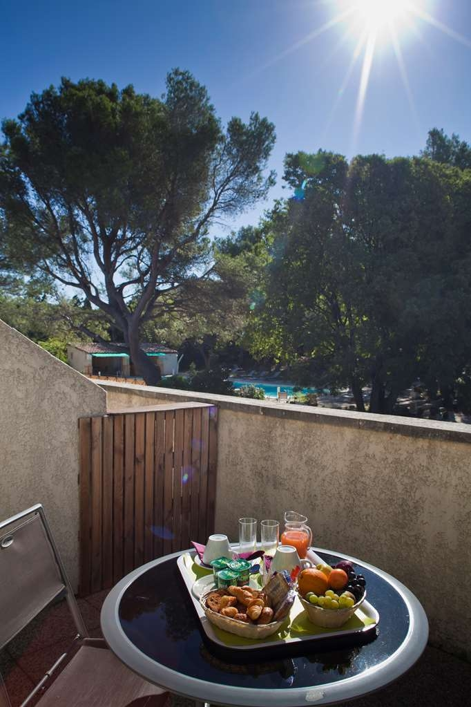 Best Western Le Val Majour - Balcony