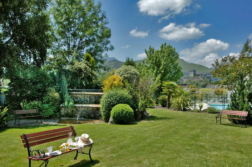 Best Western Beausejour - Jardin de l H tel Best Western Beausejour Lourdes Hautes Pyr n es