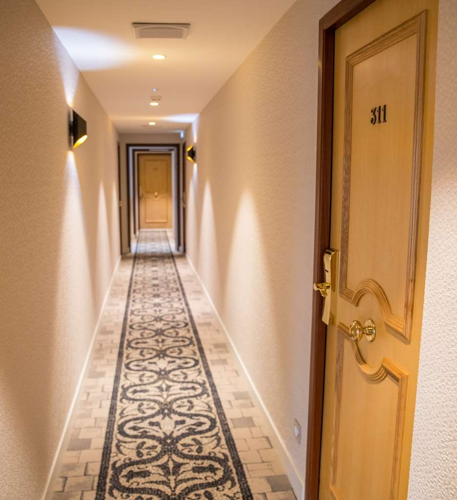 Best Western Beausejour - Couloir des Chambres Hotel Best Western Beausejour Lourdes