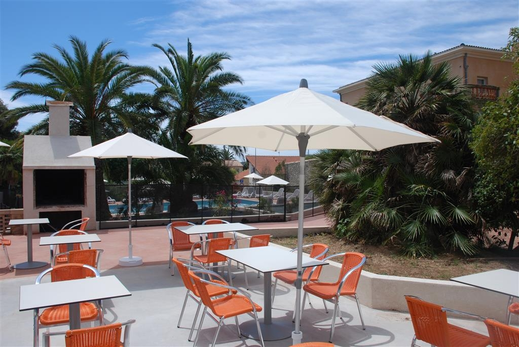 Best Western Plus Soleil Et Jardin - Terrasse