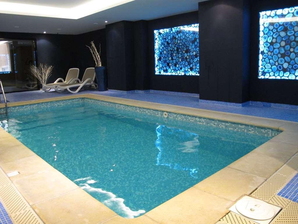Best Western Plus Soleil Et Jardin - piscina cubierta