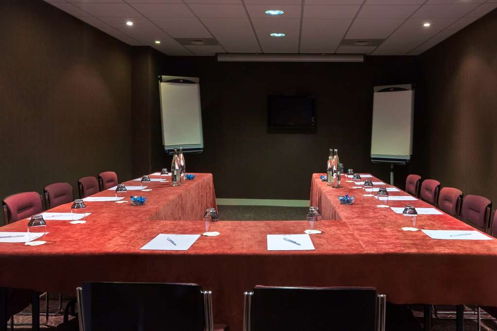 Best Western Plus Richelieu - Meeting Room