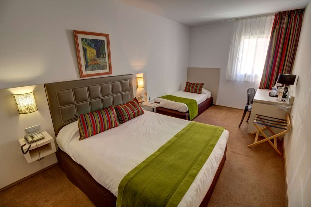 Best Western Hotel Atrium - Guest Room