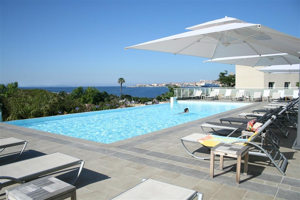 Best Western Plus Ajaccio Amiraute - Piscina all'aperto